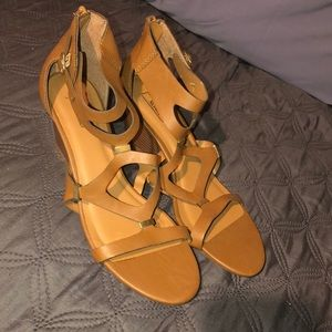 Never Worn Tan Wedges Size 10